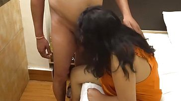 Real Indian Damsel Love Hook up With Own Boss