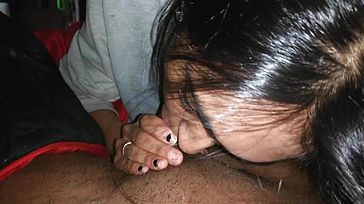 Indian Dame Give Suck off