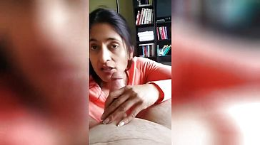 Old Indian Wifey Deep throating Pipe