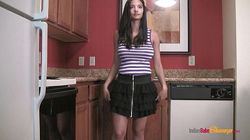 Desi Bang out Stunner Shanaya Unveiling Getting Bare In Kitchen