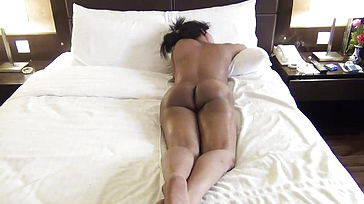 Desi wifey rubdown session in motel