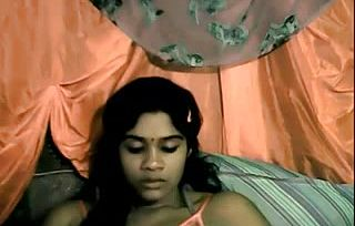Ultra cute wondrous Desi On web cam