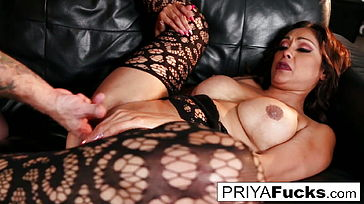 Priya makes her cumback with her first onscreen boner in six
