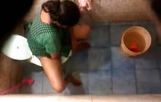 Hidden Web cam in Toilet, filmed a red hot Culo Fuckslut