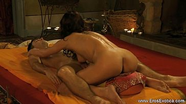 Loving Handjob Massage With Oil