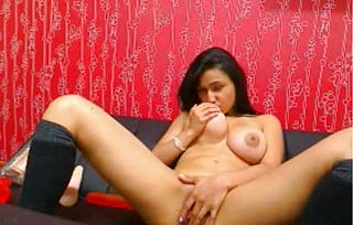 Indian chick doing porno on web Web cam