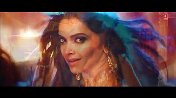 Deepika Padukone Jaw dropping Dance Moves